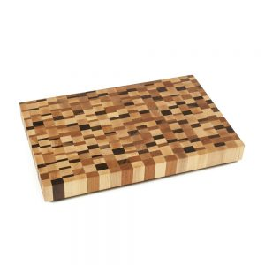 end-grain-board-small-chaotic-style-with-rubber-feet-seventeen-by-eleven-inches