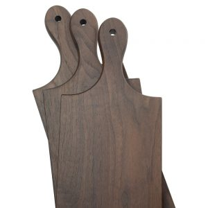 walnut-lunch-board-in-three-sizes-with-single-french-handle
